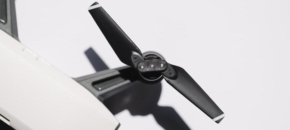 Scharfe Rotorblätter der Drohne