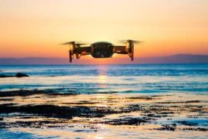 Drohne über Meer